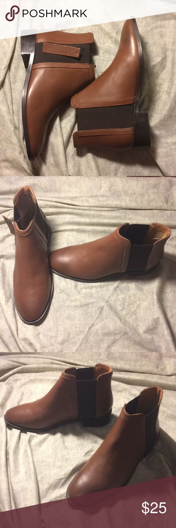 """(New) Topshop   Brown Leather Chelsea Boots Brown leather Chelsea boots by Topshop. Heel approx 1.5"""". Elastic at opening so it's easier to get your feet in. Size 7.5, though I'd say it fits a 7 more. Brand new and never worn!  Let me know if you have any questions. Topshop Shoes Ankle Boots & Booties"""