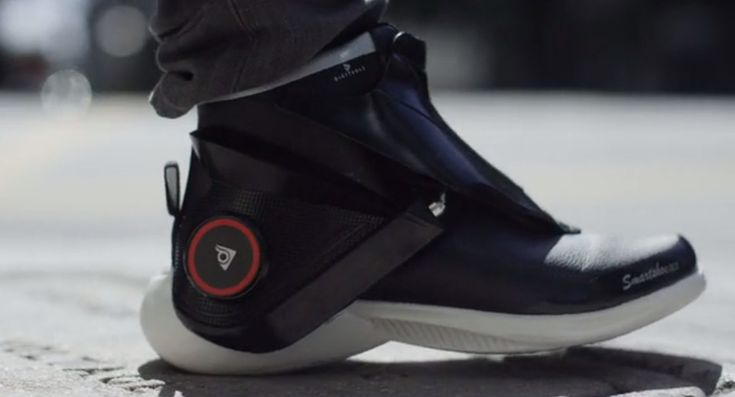Digitsole Smartshoe – Shock Absorbing And Intelligent Sneaker