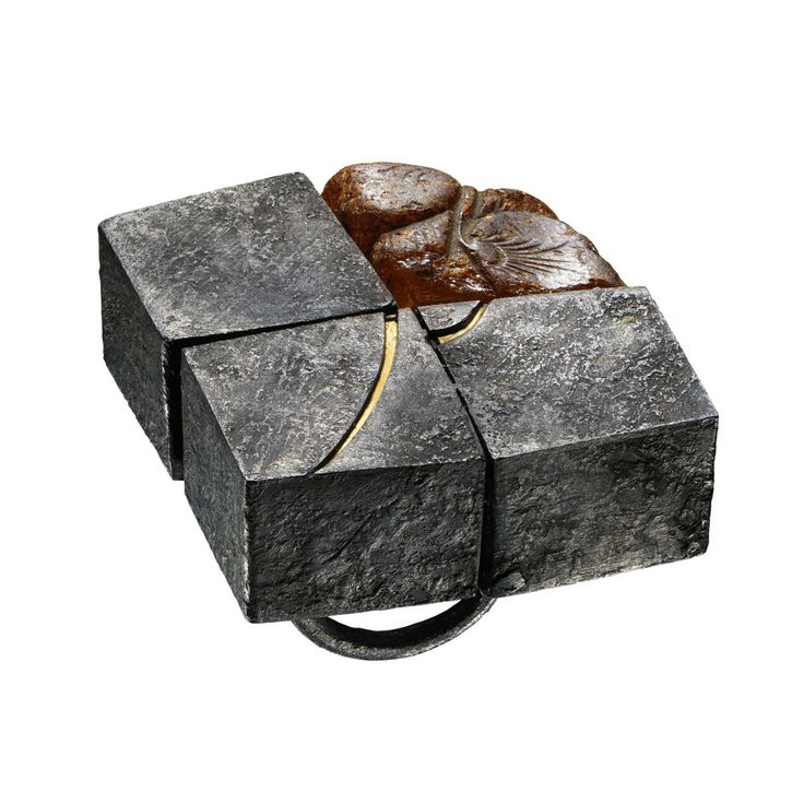 gigi mariani - will remain a sign...- ring- silver, 18kt yellow gold,Amber, niello,patina