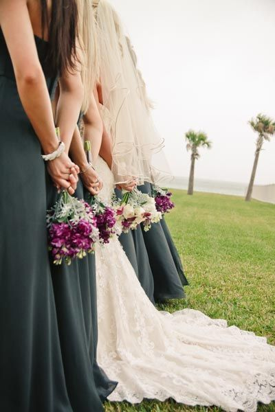 50 Should-Have Photographs With Your Bridesmaids