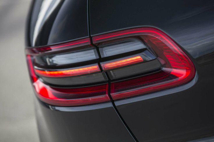 Porsche-Macan-S-rear-taillight.jpg (2040×1360)