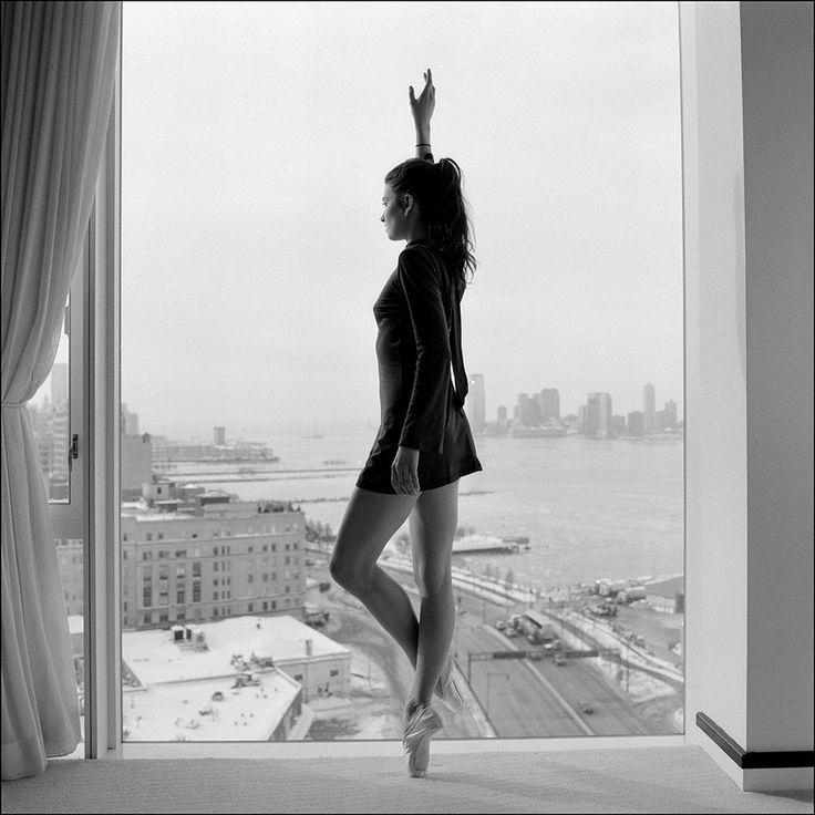 Kate #photography #blacknwhite #woman #view