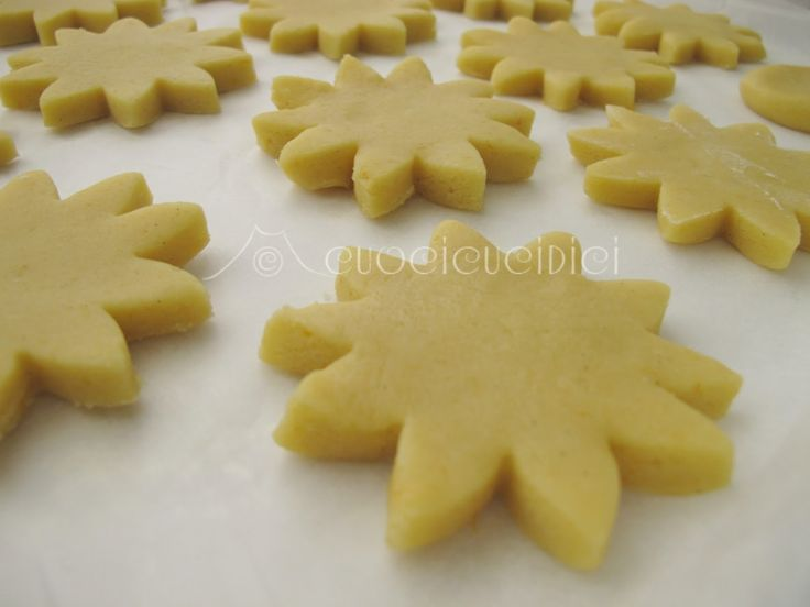 Scroll down for English version  La frolla classica, quante volte l'abbiamo fatta, quante crostate , bisco...
