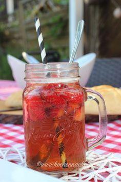 kochennachplan.de : leckere Altbierbowle mit Erdbeeren .... mmmh so lecker :))