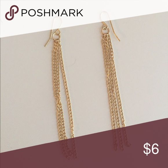 Gold chain dangly earrings Never worn, not real gold Jewelry Earrings