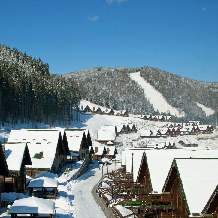 Bu yıl kayak tatili için Lviv'e gitmeye ne dersiniz? Lviv - Bukovel Kayak Turu 379 €'dan başlayan fiyatlarla MNG Turizm'de. bit.ly/MNGTurizm-lviv-bukovel-kayak-turu-s