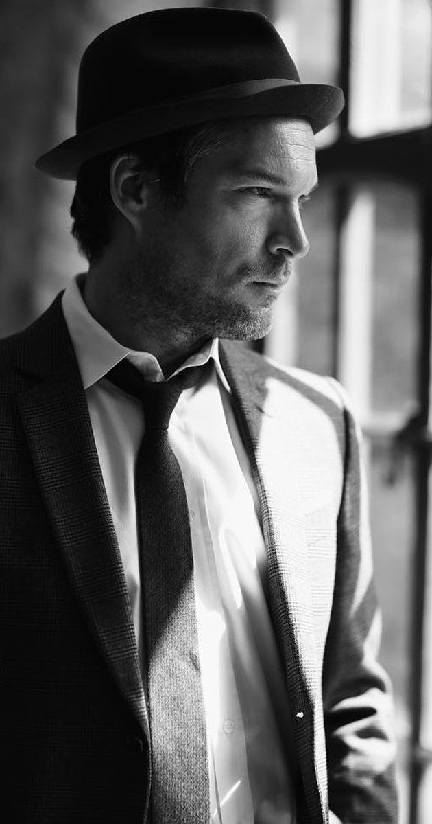 John Light, Actor: Dresden. John Light was born on September 28, 1972 in Birmingham, England. He is an actor, known for Dresden (2006), The Lion in Winter (2003) and Albert Nobbs (2011). He was previously married to Neve Campbell.