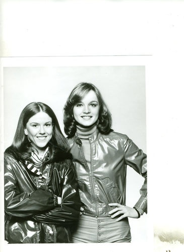 Nancy Drew Mysteries: Pamela Sue Martin and Jean Rasey as Nancy and George