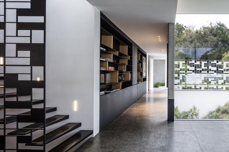 Gallery of AB House / Pitsou Kedem Architects - 32