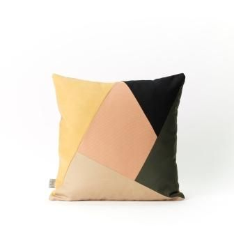Place de Bleu, Samur Cushion, Amber/black/powder pink/nut