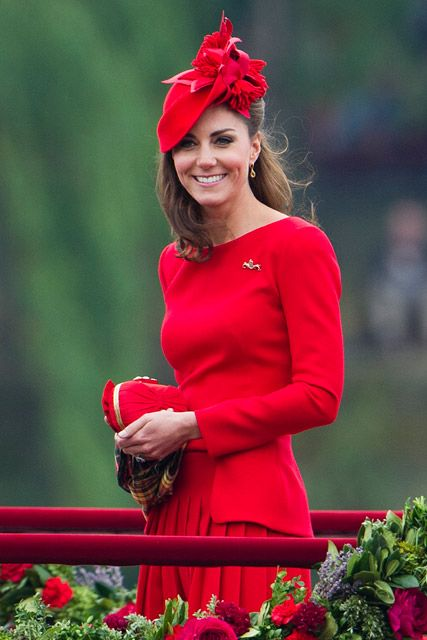 Kate Middleton dazzles in Alexander McQueen dress at Diamond Jubilee pageant