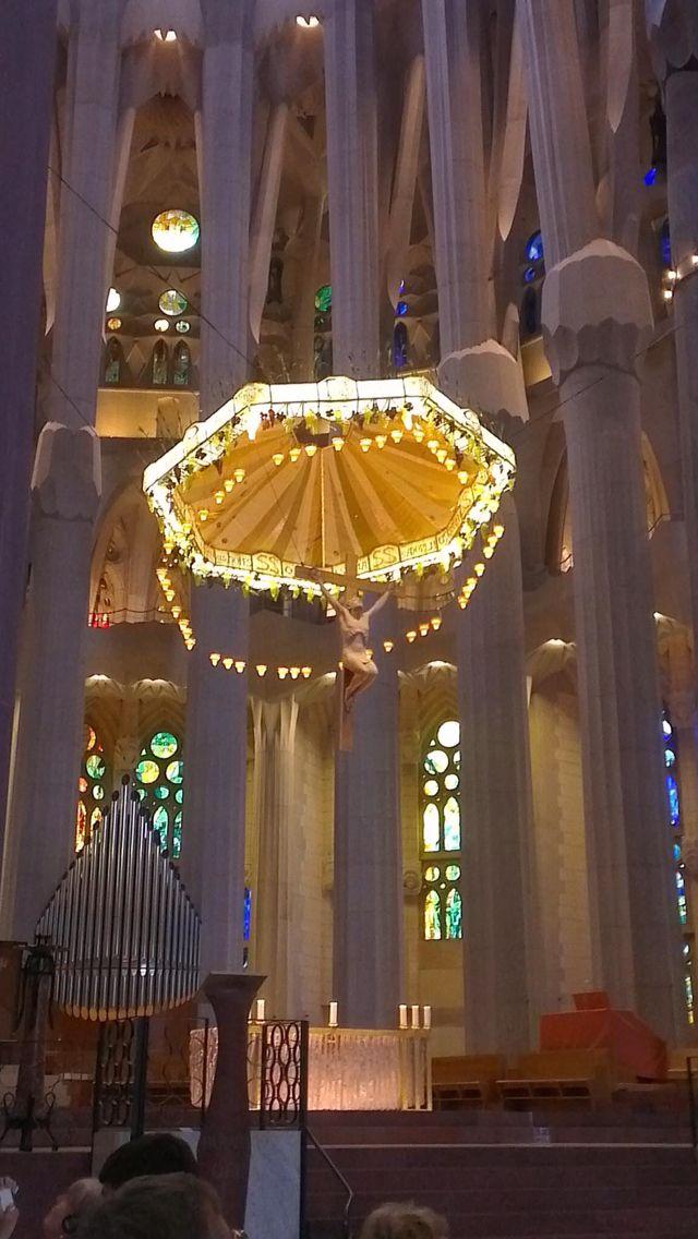 70) Sagrada Familia