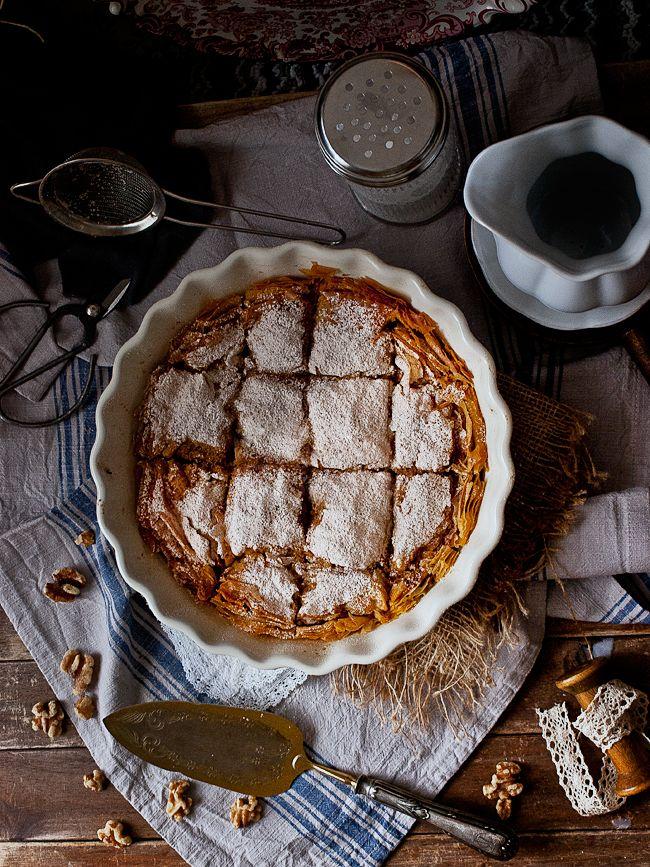 Te sorprenderá saber que esta tarta tiene en el relleno calabaza, especias y...¡arroz! Descubre la receta del blog JALEO EN LA COCINA.