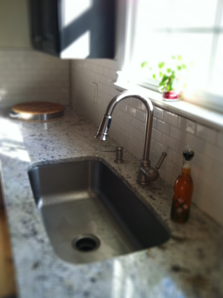 Kitchen Renovation: Tiling Our Life Away