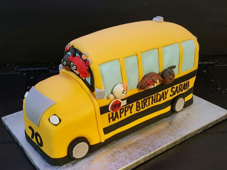 School bus made by Simply Sweet Cakes by Erin