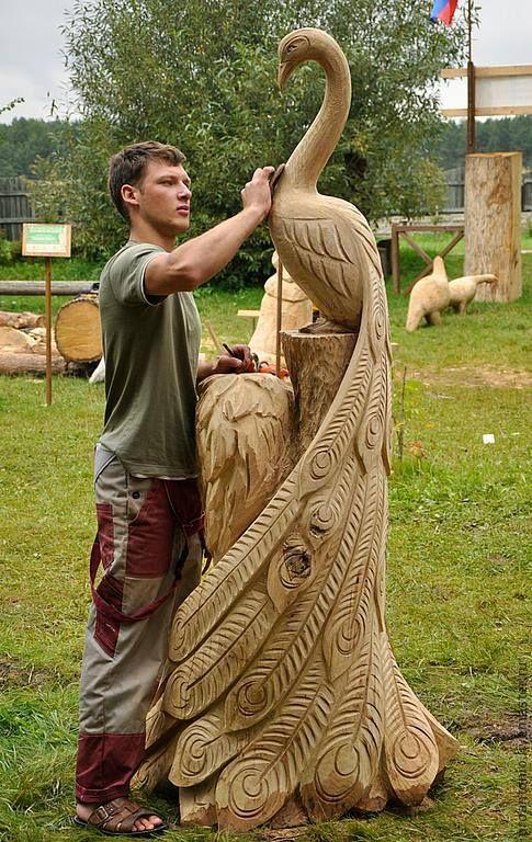 Peacock sculpture Artist unknown http://thesurvivor.pro/