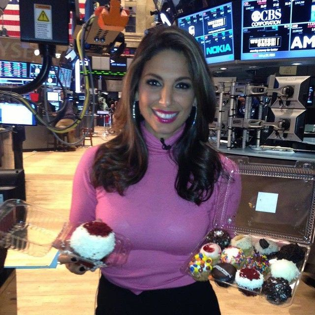 Nicole Petallides Quot Cupcakes Are My Thing Well Just