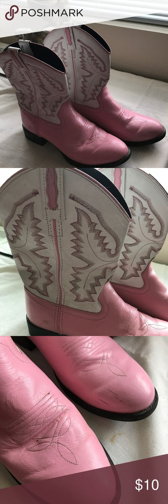 Pink and white cowboy boots with cute design. These Pink and white cowboy boots with cute design are just the thing for fall activities--the Fair, football games, and just anywhere you go.  Wear them with your western outfits or with any skirt--they will look so cool.  No markings but they are same length as 7 1/2 tennis shoes. Proceeds from this closet support Project Hope, a ministry to homeless single moms and their children. Shoes