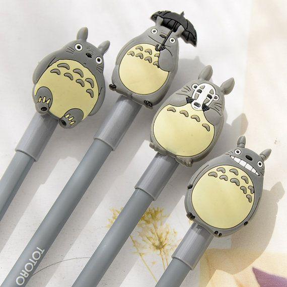 Dimensions : 18cm  Matériau : plastique  Un gel de Totoro bel plume avec belles couleurs et souriant visage, espérons quil vous ~  (Type : SZBB19)