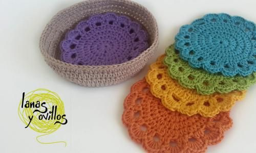 Beautiful crochet coasters pattern [video tutorial in Spanish; but a diagram is included which should make it easy to make these.]
