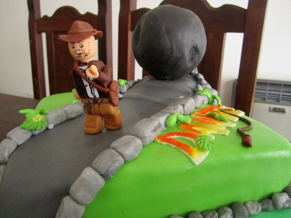 Torta modelo Lego Indiana Jones