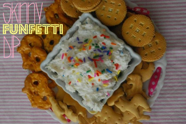 skinny funfetti dip: Yummy Desserts, Cakes Mixed Dips, Scooby Snacks, Funfetti Dips, Healthy Sweet, Cakes Dips, Healthy Food, Favorite Recipes, Skinny Funfetti