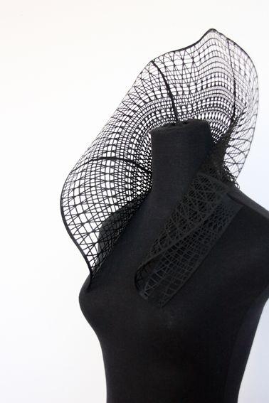 Fraise, 2013, voile de ramie En parallèle de la rédaction d'articles pour Collectif Textile, je mène une pratique textile basée sur l'expérimentation dans un Laboratoire Textile. J'aime explorer le...