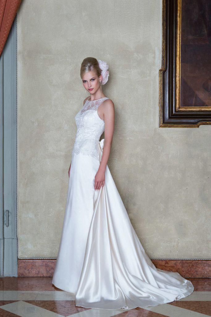 Model: Carol - Collezione Glamour di Gloria Saccucci Spose
