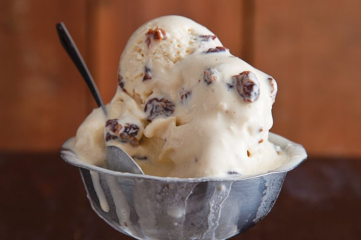 Rum Raisin Ice Cream Recipe -the combination of rum and raisins has long elevated all kinds of desserts when applied to a vanilla custard base, the flavors truly shine: a concentrated burst of dried fruit cut by the boozy kick of rum, all cushioned by creamy dairy.- Saveur.com