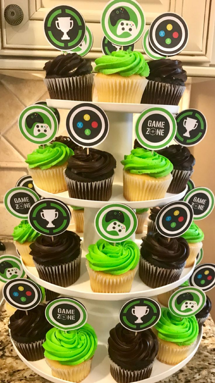 Video Game Cupcakes With Images Xbox Party Video Games