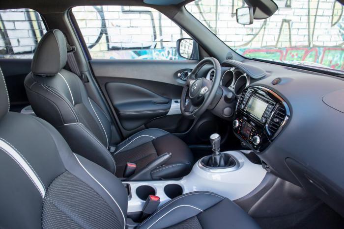Nissan Juke Tekna 2014 inside