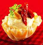 Filets de poisson au four                     Préparation      10 minutes            Cuisson      10 à 13 minutes            Portion(s)      4                                                  Type de plat : Plats principaux    Ingrédient principal : Poisson - Flétan, Poisson - Autres    Mode de préparation : AU FOUR    Autres critères : $$ - Coût moyen, Express (moins de 30 minutes), Santé        Ingrédients     •   1 t (250 ml) de mie de pain frais, émiettée     •   2 c. à tab (30 ml) de…