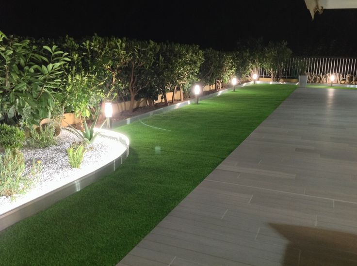 Les 37 meilleures images propos de bordure de jardin sur for Eclairage jardin design
