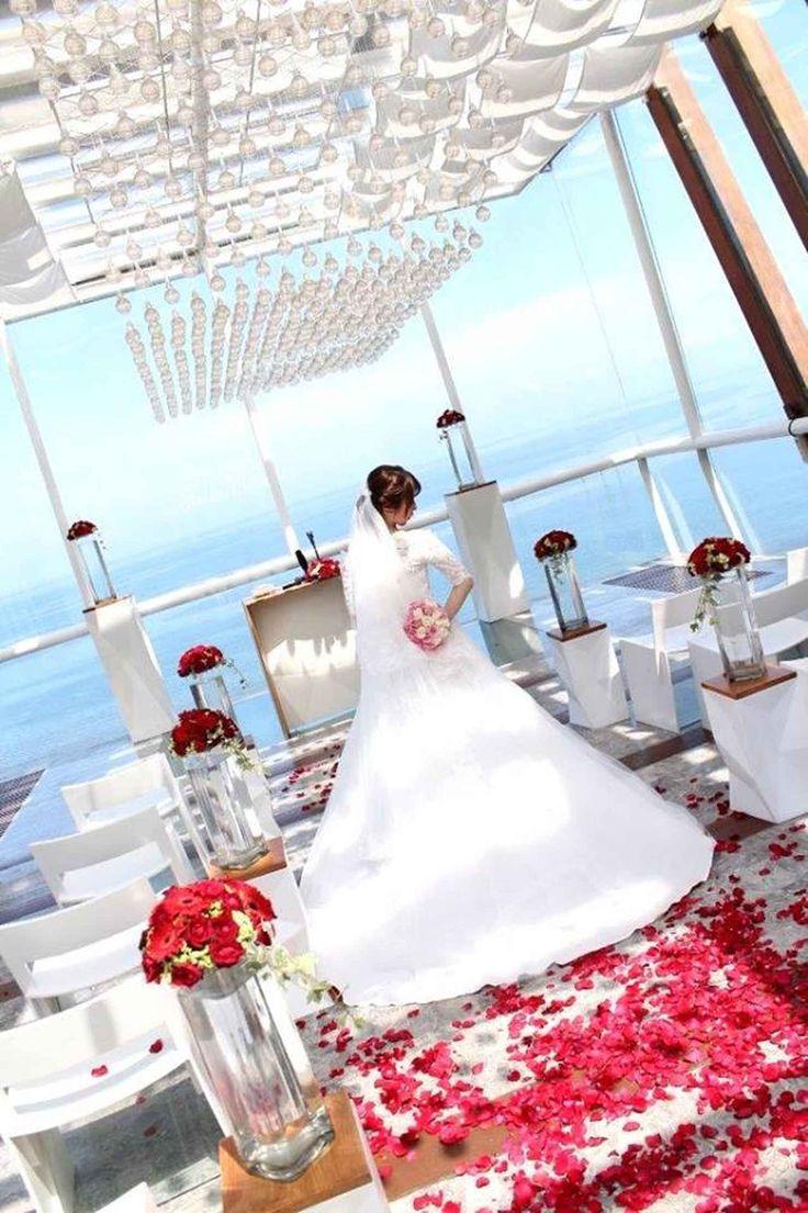 Уединенная свадьба в часовне, Улувату, Индонезия - свадебный пакет от курорта Anantara Uluwatu Bali - iBride.com