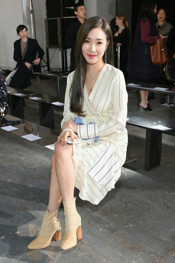 24634484f Phillip Lim - Front Row - February 2018 - New York Fashion Week 9p ...