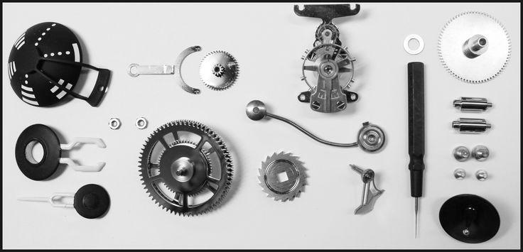 Few parts composing the movement of the Starfleet Machine - L'Epée 1839 Manufacture