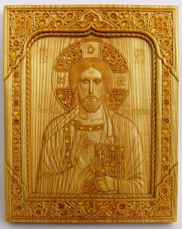 Carved icon The Lord Almighty 16.8×21.1×1.5 cm; linden wood, natural linen oil varnish, inlaying with amber, 2004; in a private collection. Artists are Elena and Sergio Nikolenko