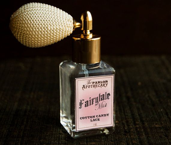 Fairytale Mist - Cotton Candy Lace ™ is a soft velvety scent with a magical aroma. This feminine fragrance has sugary cotton candy layered with notes of creamy vanilla lace- creating a charming ladylike fragrance.
