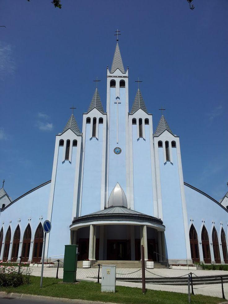 HÉVÍZ: Szentlélek Római Katolikus Templom - Hungary
