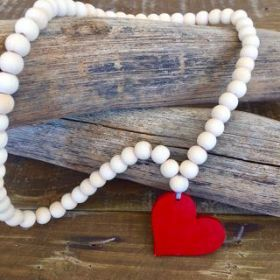 Heart Necklace | Red/Natural #oliverthomas #zavthebrave #heart #heartnecklace #girlsnecklace #necklace #kidswear #kidsnecklace