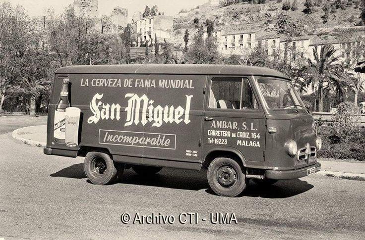 #Málaga. Coche de la cerveza San Miguel. Marzo de 1963  Archivo Fotográfico UMA