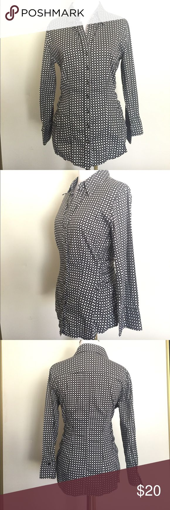 New York & Co City Stretch Button Down - size M New York & Company City Stretch collared polka shirt. Sides of the shirt are ruffled for a fitted look. In excellent condition. Worn once to an interview. See photos for details. Please no low balling and no trades. Bundle for additional discounts. New York & Company Tops Button Down Shirts