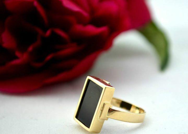 Beautiful gold ring with onyks / piękny pierścień z onyksem dla klientki