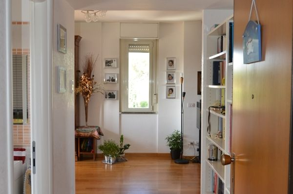 ROME, ITALY, APARTMENT ON TWO FLOORS, BALCONY, PARK Vejo. LOOKING FOR 10-13 OCTOBER 2013