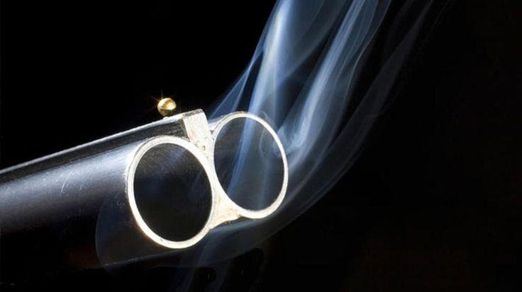 [Ζούγκλα]: Τρίκαλα: Πυροβόλησε… κατσίκες και συνελήφθη | http://www.multi-news.gr/zougla-trikala-pirovolise-katsikes-sinelifthi/?utm_source=PN&utm_medium=multi-news.gr&utm_campaign=Socializr-multi-news