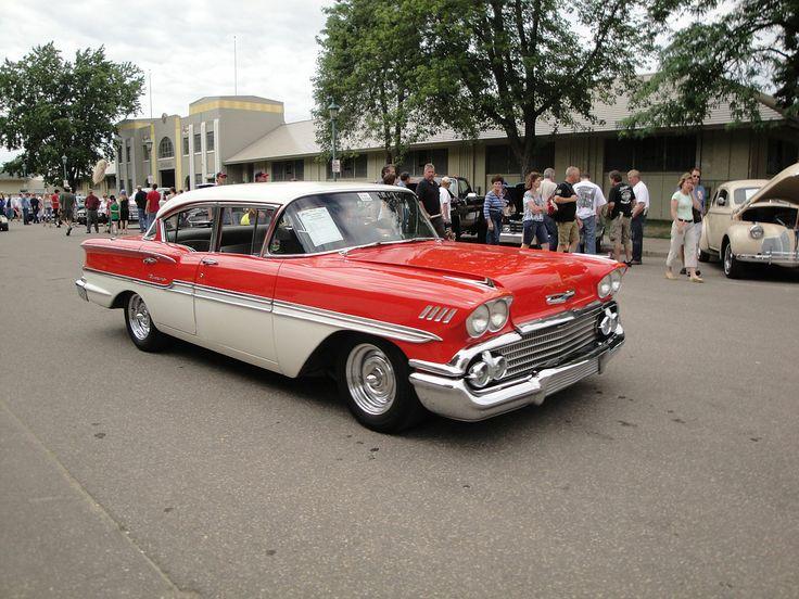 1958 - Chevrolet Biscayne - 2 - side front