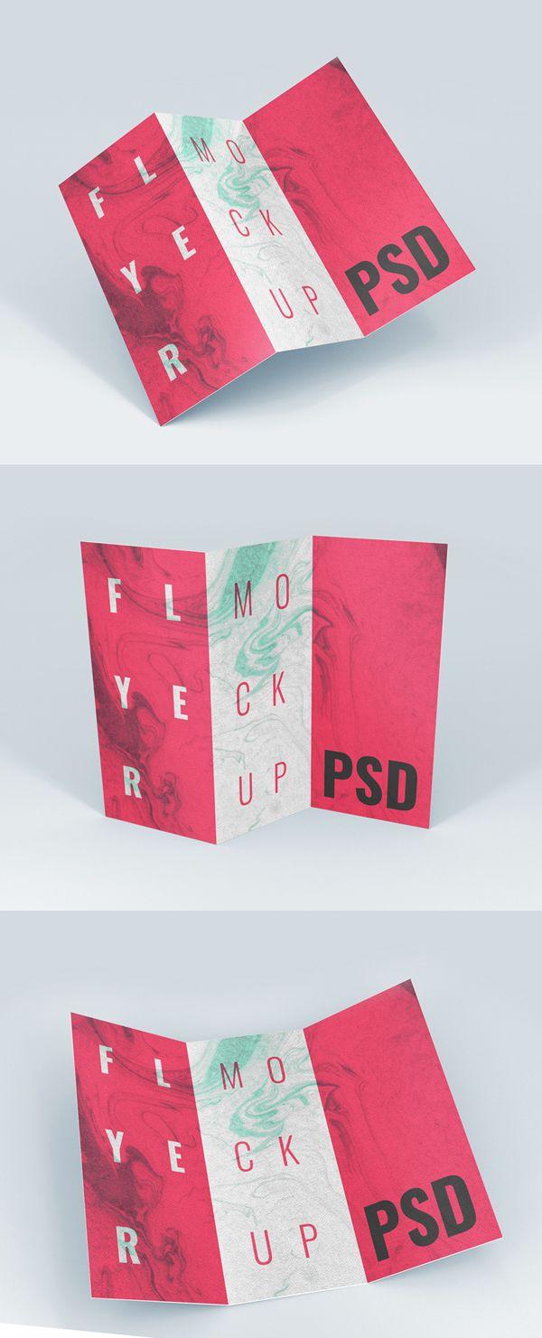 Free Brochure / Flyer MockUp #freepsdfiles #freepsdmockups #freebies #mockuptemplates
