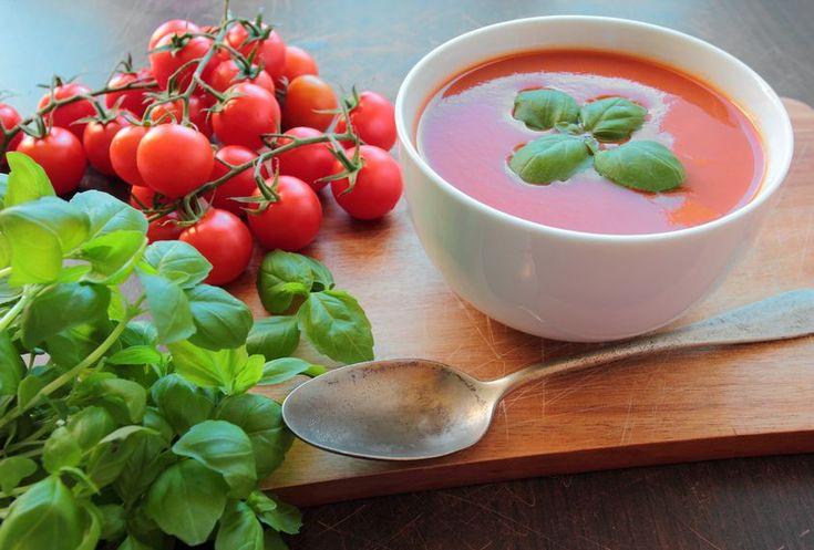 Supa-crema rece de rosii à la Rona Hartner