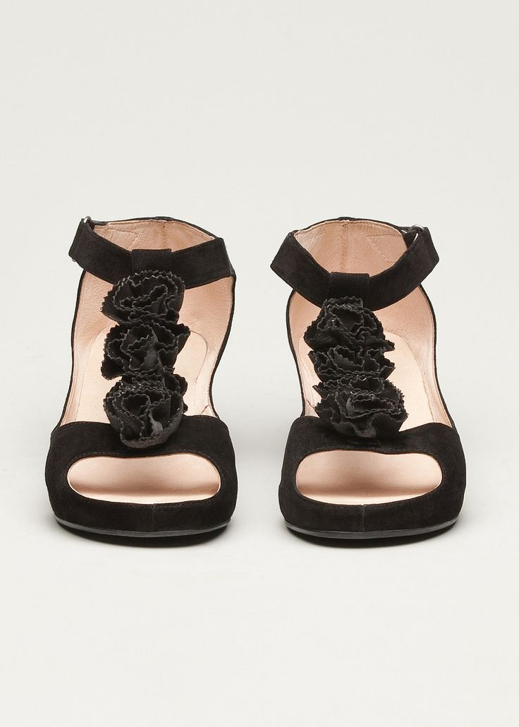 #TS14+ Bouquet Wedge #plussize #curvy #footwear #black