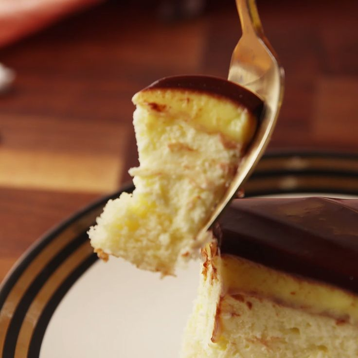 A new version of the beloved Boston Cream Pie. Boston Cream Cheesecake